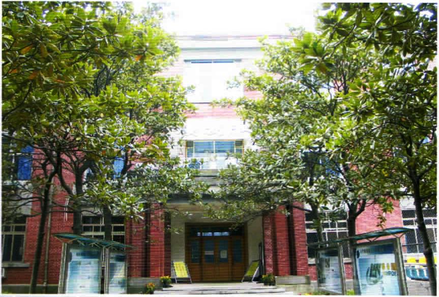 1952年东塘老校址湘农楼